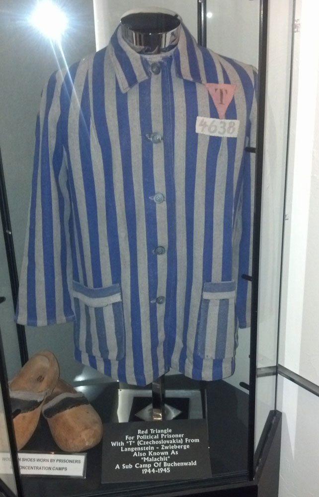 Czech prisoner uniform